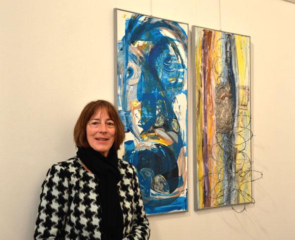 Brigitte Wolf, Säulenhalle Landsberg, 2017, Macht-Ohnmacht.jpg